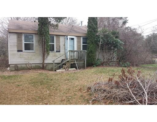 15 Mashnee Rd, Buzzards Bay MA 02532