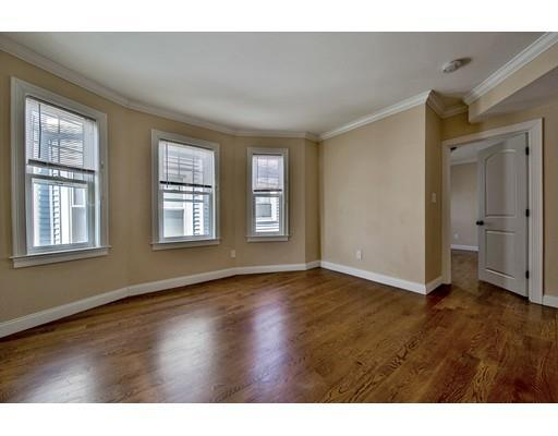 52 Chester Ave #APT 2, Chelsea, MA