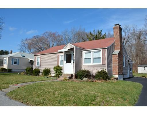 31 Knowles Rd, Worcester, MA