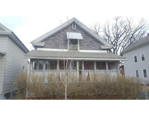 78 Pine St, Holyoke MA 01040
