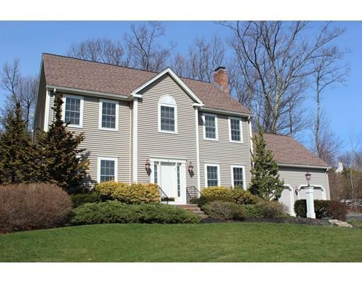 9 Blackthorn Dr, Worcester, MA