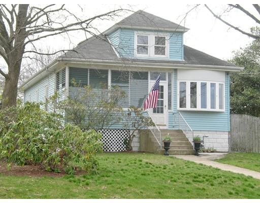 145 Vincent Ave, East Providence RI 02914