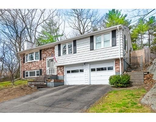 26 Colwell Dr, Dedham MA 02026