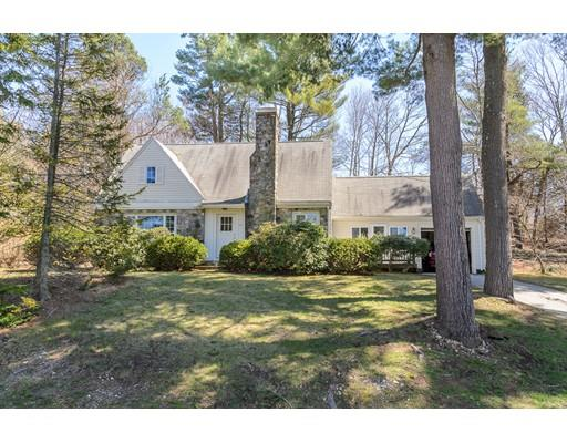 48 Dover Ter, Westwood, MA