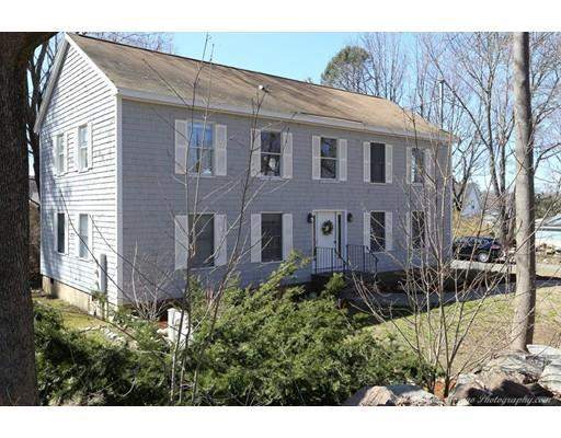 3 Clement St #APT 2, Rockport MA 01966
