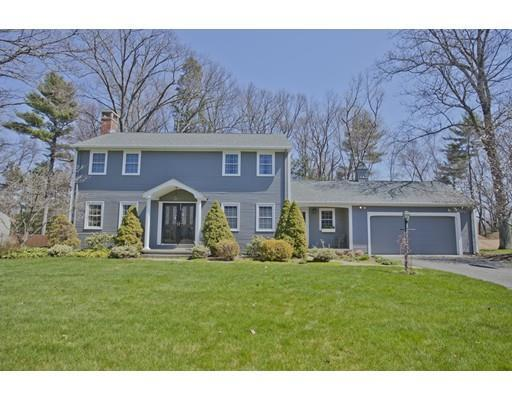 17 Carriage Ln, Westfield MA 01085