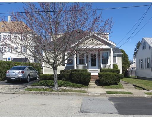 987 Mazeppa St, New Bedford MA 02745