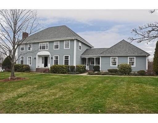 13 Heather Dr, Milton MA 02186