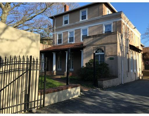 116 Bedford St, New Bedford MA 02740