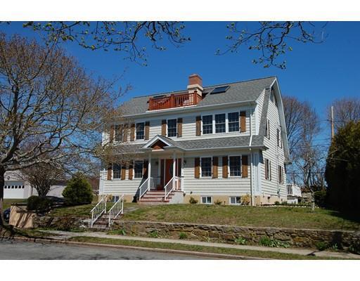 66 Nautilus St, New Bedford MA 02744
