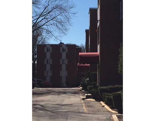 547 Adams St #APT 11, Dorchester, MA