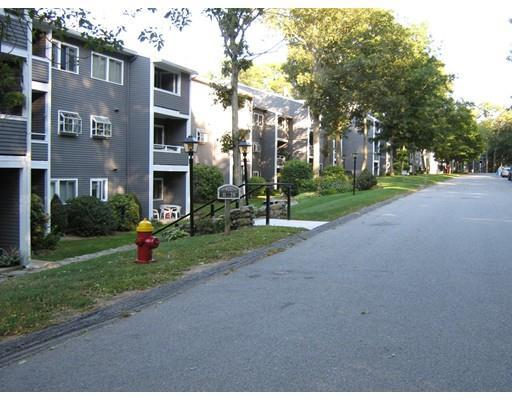 400 Colonial Dr #APT 38, Ipswich MA 01938