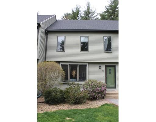 4 Village Way #APT E, Norton MA 02766