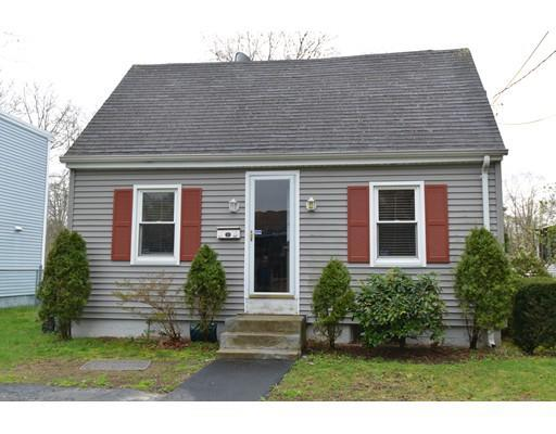 962 Osgood St, New Bedford MA 02745