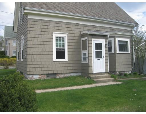 194 Temple St, Whitman MA 02382