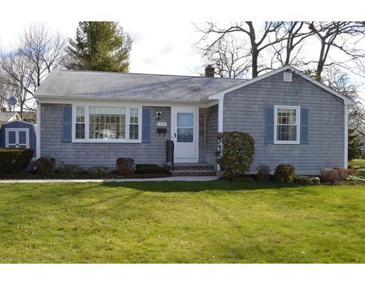 1250 Roseanne St, New Bedford MA 02740
