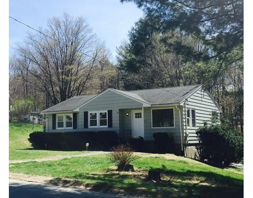 37 Maple St, Sterling MA 01564