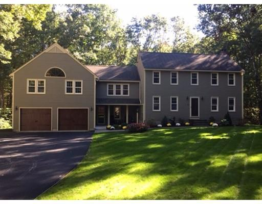 2 Blue Brook Ln, Westford MA 01886
