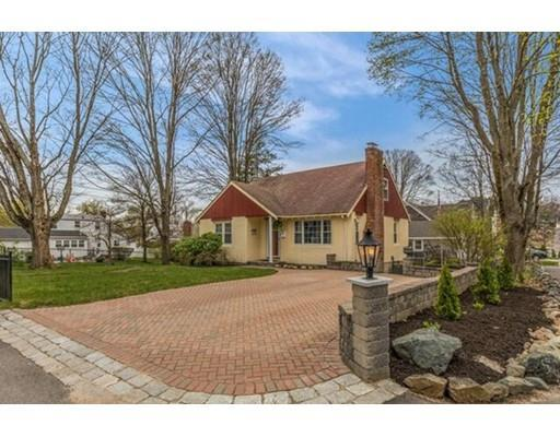 17 Fairview Rd, Stoneham MA 02180