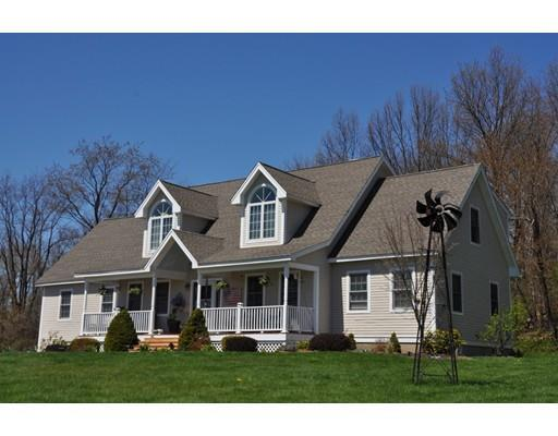 174 Chace Hill Rd, Sterling MA 01564