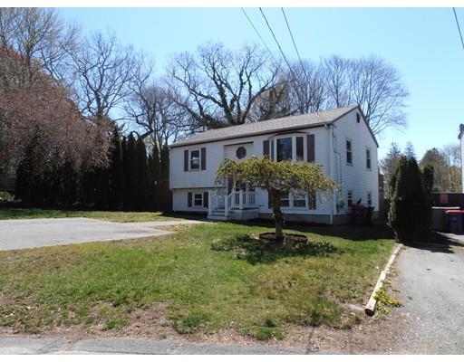 1028 Leroy St, New Bedford MA 02745