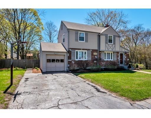 13 Robinhood Rd, Natick MA 01760