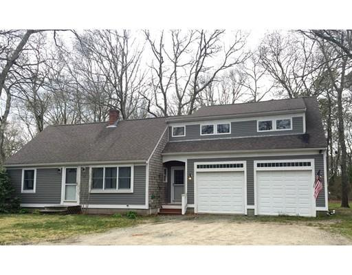 492 Old Meeting House Rd, East Falmouth MA 02536