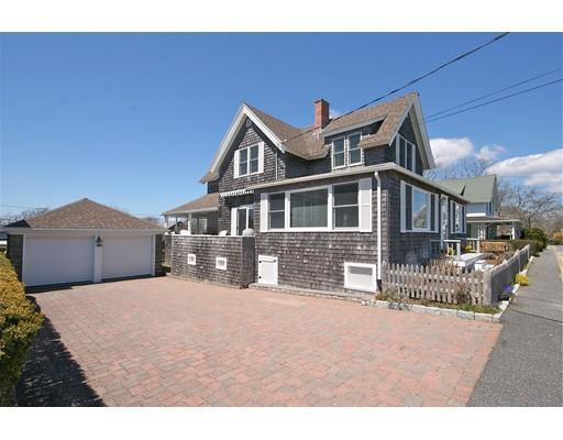 8 Wyoming Ave, Falmouth MA 02540