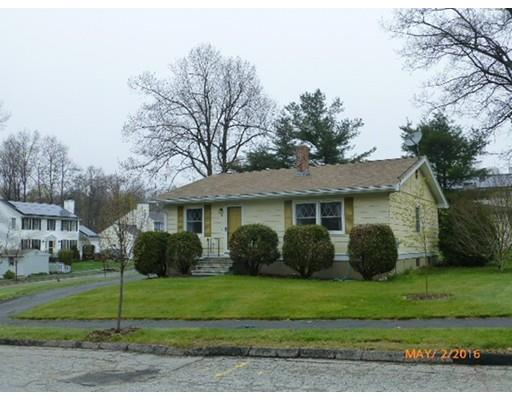 3 Hingham Rd, Worcester MA 01606