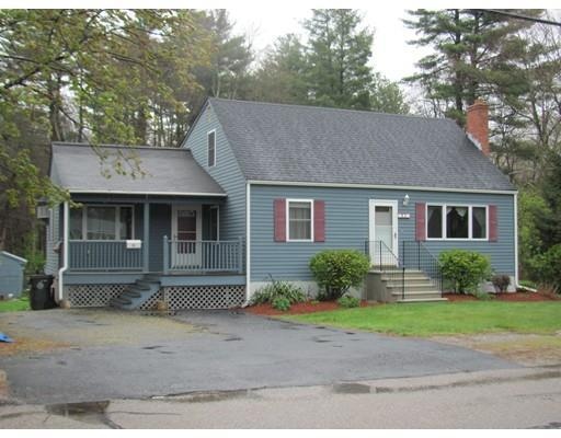 82 Plymouth Rd, Bellingham MA 02019