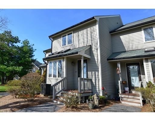 628 Maple Brook Rd #APT 628, Bellingham, MA