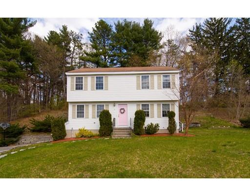 2 Country Club Dr, Westford MA 01886