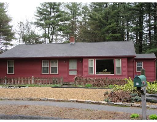 39 Pinebrook Ln, Jefferson MA 01522