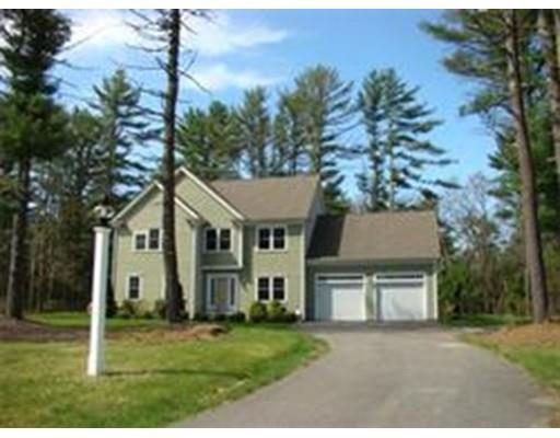 26 Redtail Ln, Carver MA 02330