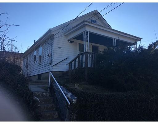 93 Lawton St, Fall River MA 02721