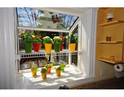 320 Concord Ave #APT 320, Cambridge MA 02138