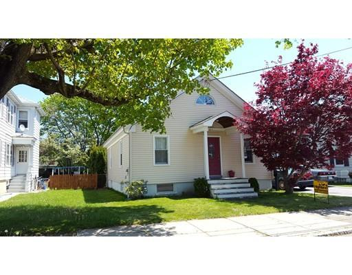 811 Oak Grove Ave, Fall River, MA