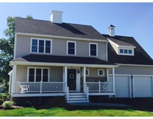5 Jacobs Ln, East Weymouth MA 02189