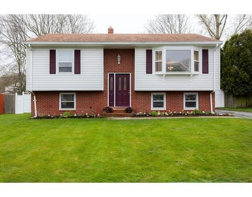 70 Bayberry Rd, New Bedford MA 02740
