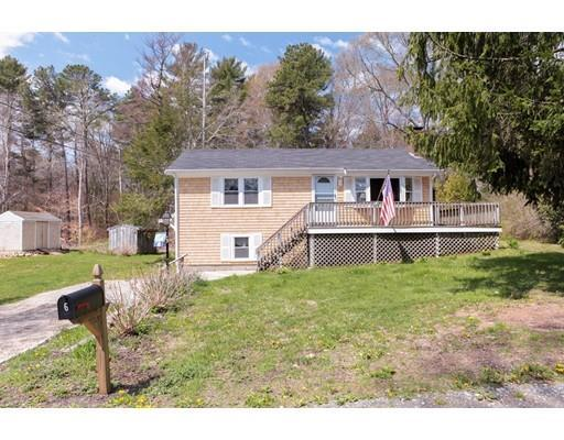 6 Shore Dr, Forestdale MA 02644