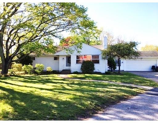 708 Newport Ave, Attleboro MA 02703