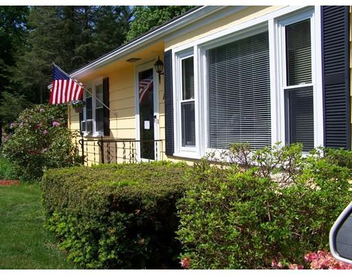 122 Mount View Dr, Holden, MA