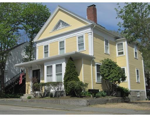 8 High St #APT 2, Rockport MA 01966