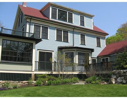 434 Elm St, South Dartmouth MA 02748