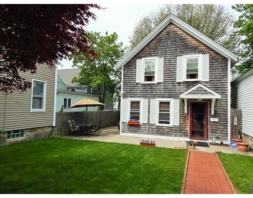 41 Arch St, New Bedford MA 02740