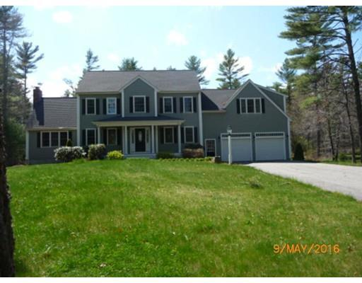 3 Commons Dr, Carver MA 02330