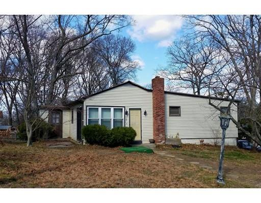 722 Spencer St, Fall River MA 02721