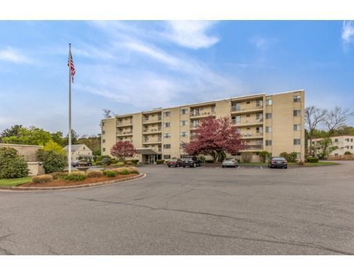 100 Park Terrace Dr #APT 101, Stoneham, MA