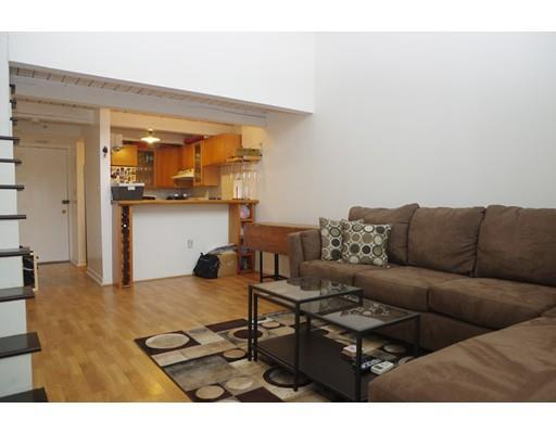 993 Massachusetts Ave #APT 121, Arlington, MA