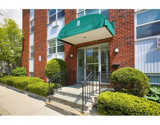 8 Commonwealth Ct #APT 3, Brighton MA 02135